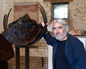 Jorge Castronovo, sculpteur. Portrait. Photo © Philippe Cibille